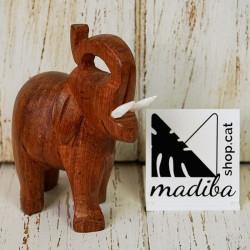 Eléphant de bois