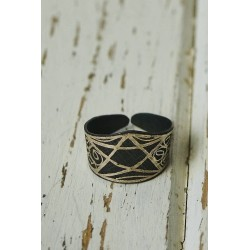Akessbi ring star-shaped