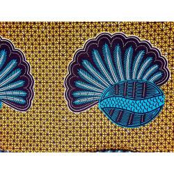 Tela wax africana pavo real en fondo geometrico marrón claro