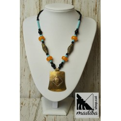 Ethnic necklace with bronze