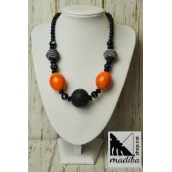 Lac Rose necklace with ebony